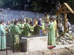 молебен у</p> <p>надгробной плиты. Петровский</p> <p>монастырь