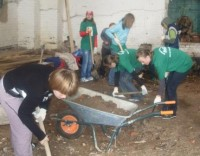лагерь Русь на уборке
