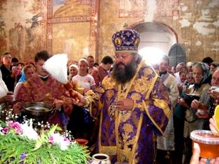Освящение Преображенского собора. Медовый спас. фото о. Александра Парфенова