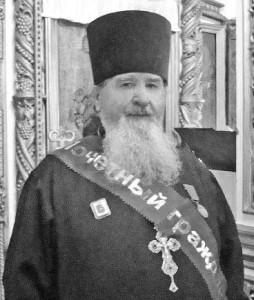 настоятель Никольского храма протоиерей Владимир Сачивко