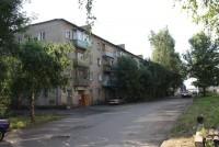 Улица Фрунзе вид на озеро 2010 год. Там за березкой должен был стоять красивый Предтечевский храм.